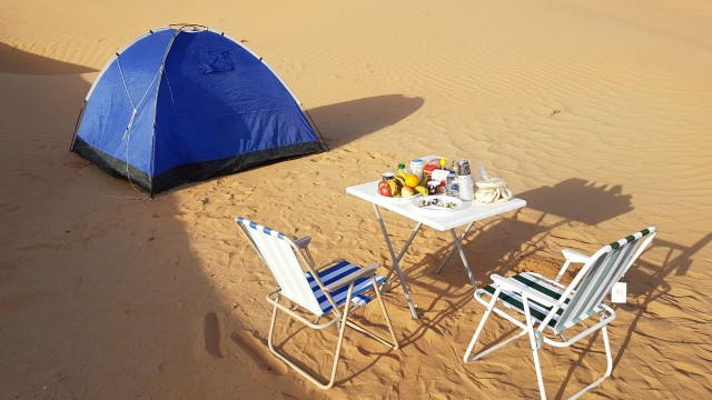 Healthy breakfast in the early morning at Empty Quarter private camp