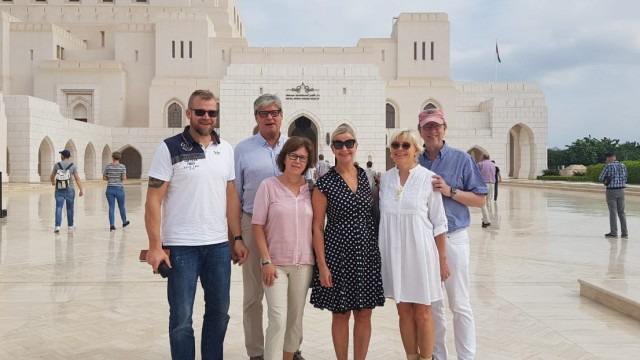 Our guests takes a memorial image in The Grand Mosque in Muscat, Oman.
