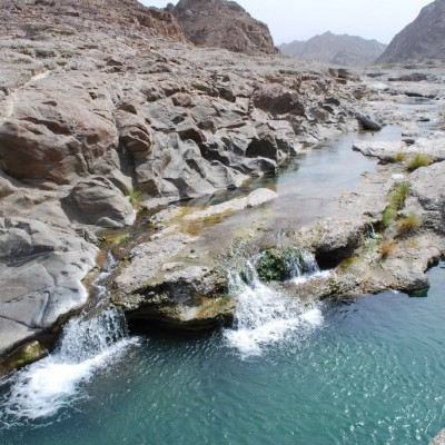 Wadi Al Abyad Tour Safari